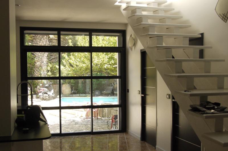 portes et fen tres menuiseries aluminium et pvc sommi res. Black Bedroom Furniture Sets. Home Design Ideas