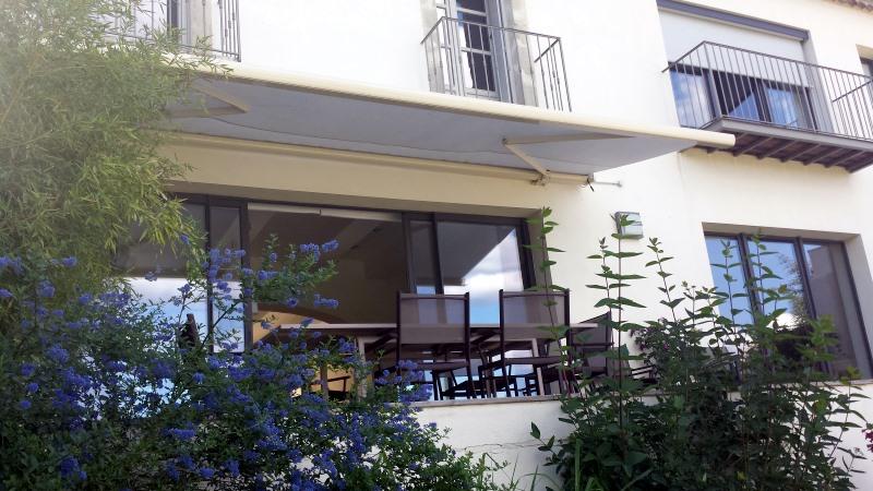 Store extérieur haute protection solaire
